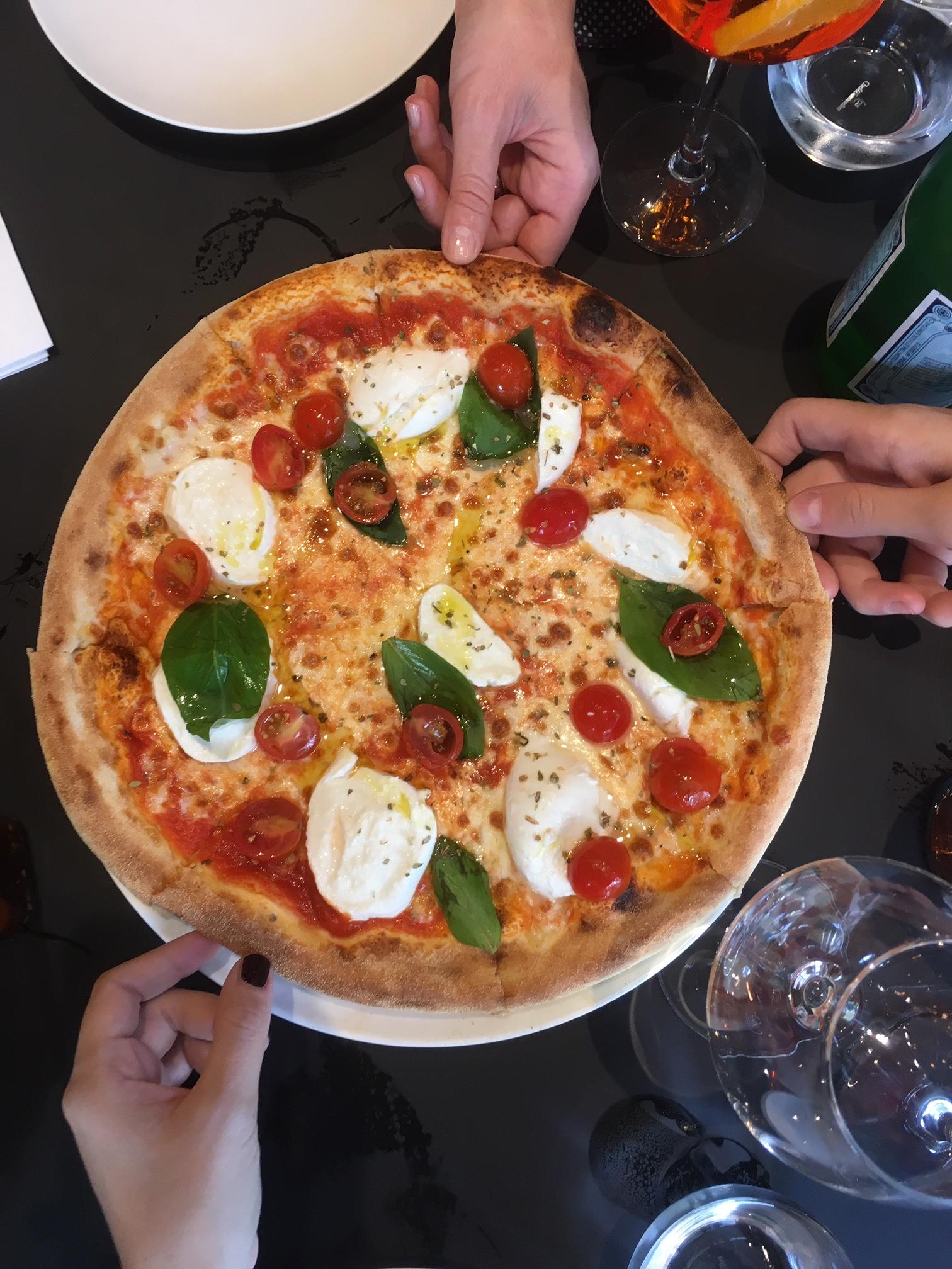 Mini guida per un turista a parigi pizzeria ristorante for Ristorante australiano milano